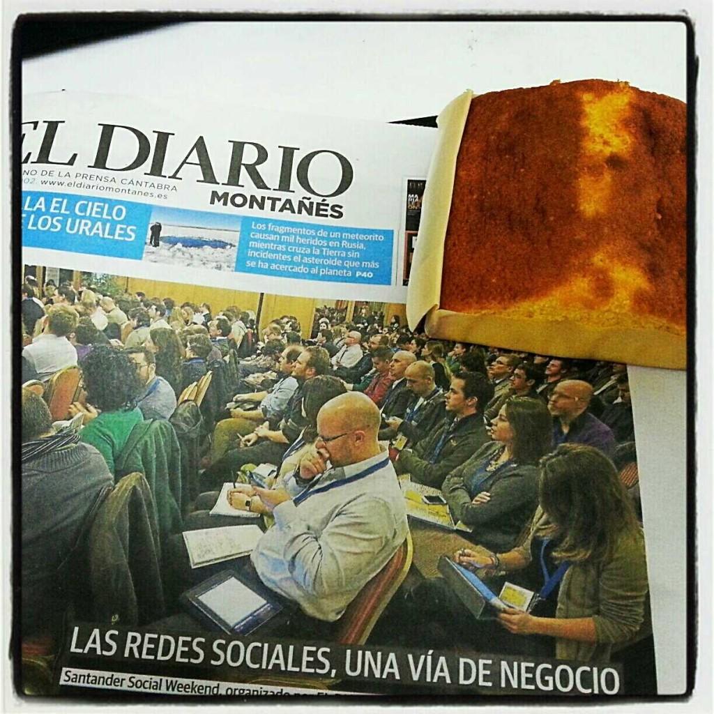 Un sobao y el Diario Montañés.