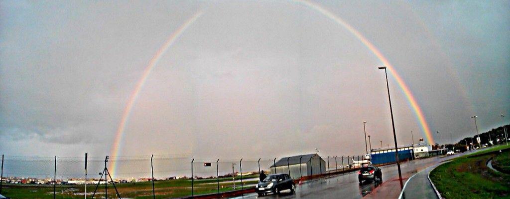 ArcoIris en el Aeropuerto Seve Ballesteros Santander - Parayas