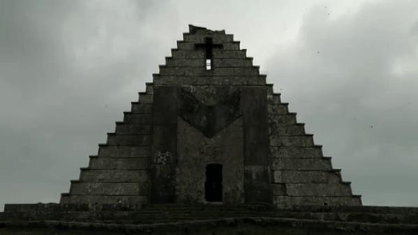 Pirámide del Puerto del Escudo (Cantabria)