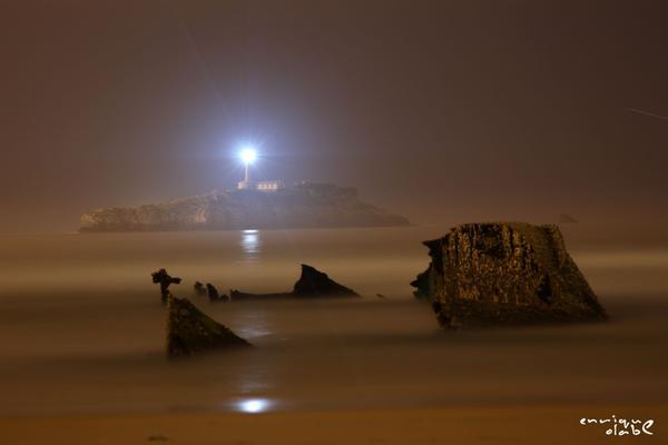 El Faro de Mouro de lo más fantasmal vía @Dr_Ilder