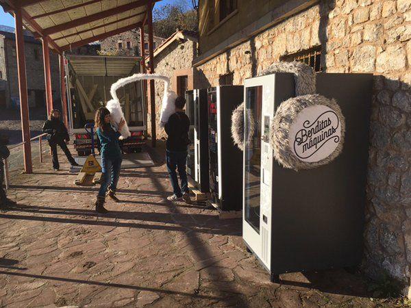Instalación de las máquinas de vending en Tresviso vía Benditas Máquinas