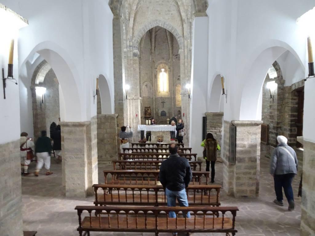 Interior de la Iglesia de Santa María la Real de Piasca