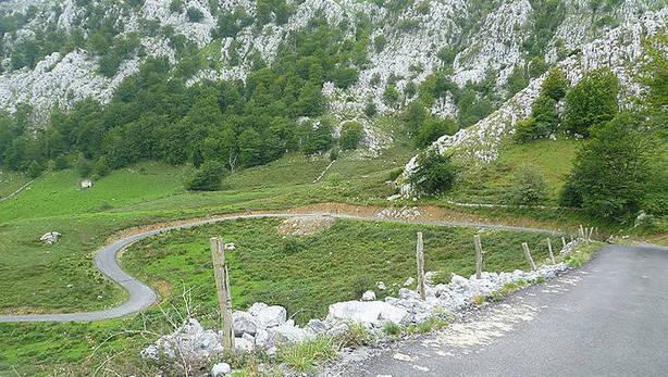 Subida al Alto de Los Machucos - La Vuelta a España