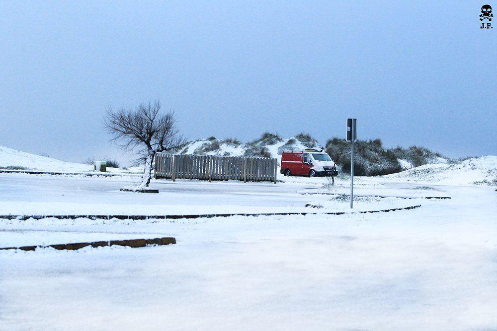Liencres con nieve - Jose Pellón