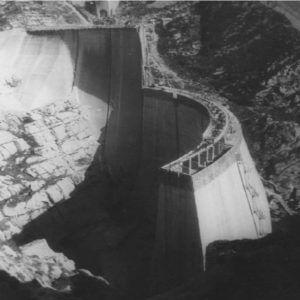 Construcción de la presa de la Cohilla (Polaciones)