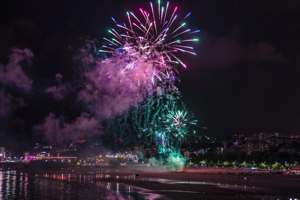 Fuegos artificiales de los Baños de Ola 2018