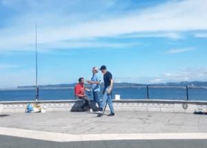 Pescar en Santander se convierte en deporte de riesgo