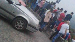 Vecinos expectantes al tiroteo en Turieno Cantabria