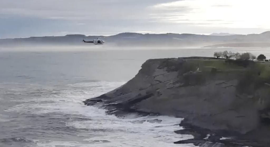 Helicóptero del 112 Cantabria durante la busqueda de la niña desaparecida Celia Cavia - @Cantabriarte