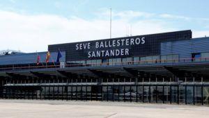 RYANAIR ESTUDIA CANCELAR SUS VUELOS CON ITALIA POR EL CORONAVIRUS - Aeropuerto Seve Ballesteros - Santander
